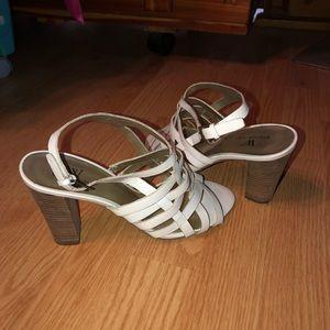 Worthington white Leather heeled sandals like new